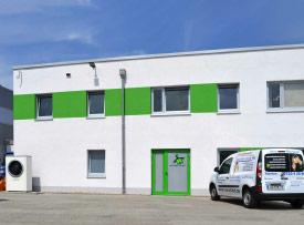Speditionsgebäude am Sachsenring mit Luftwärmepumpe und Gas-Brennwertgerät