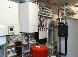 Brennwert-Wärmepumpen-Kombination